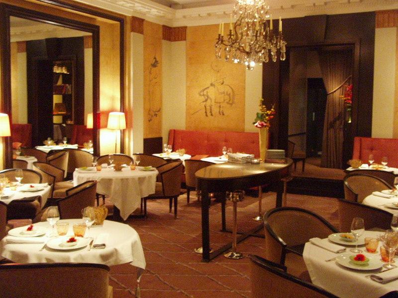 Cha xiu bao la table du lancaster in paris - La table du lancaster paris ...